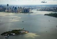 Sweb20120412Shuttle-Enterprise-Flight-to-New-YorkW.jpg